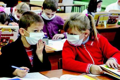 В Волгограде На карантине по гриппу и ОРВИ остаются 45 классов